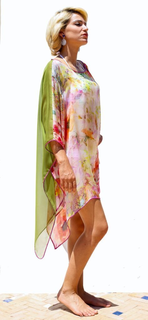Silk muslin tunic with two-color hand-made silk braids.